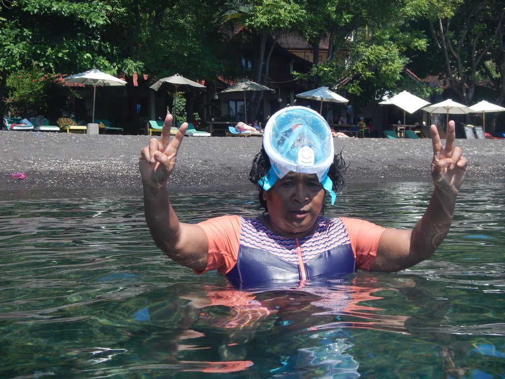 Mary Afdan new snorkelling mask