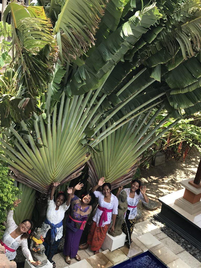 Mary Afdan & staff Villa Sinar Cinta